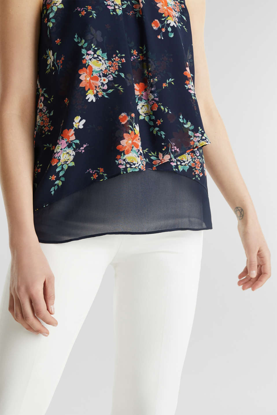 Layered blouse top made of crêpe chiffon, NAVY 4, detail image number 5
