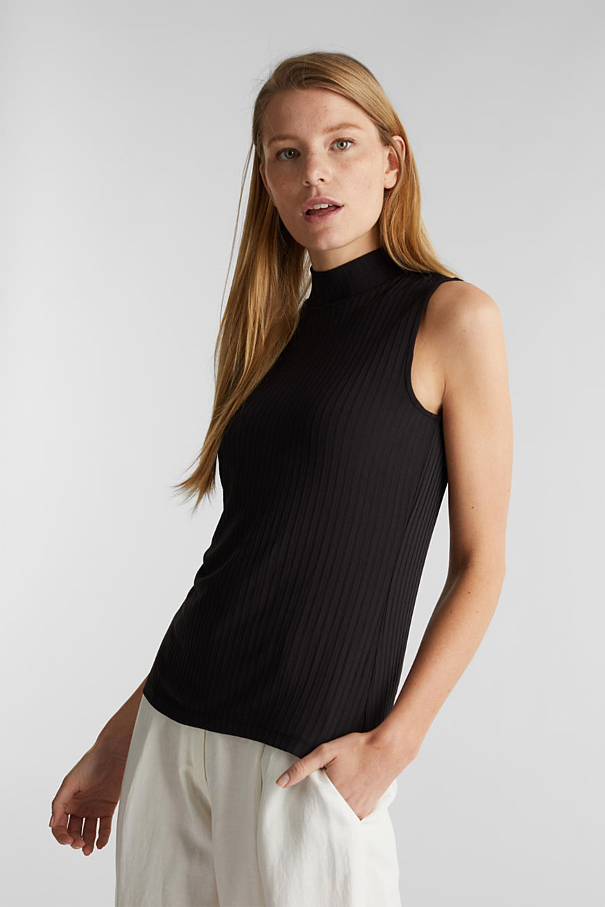 Sleeveless ribbed top with band collar