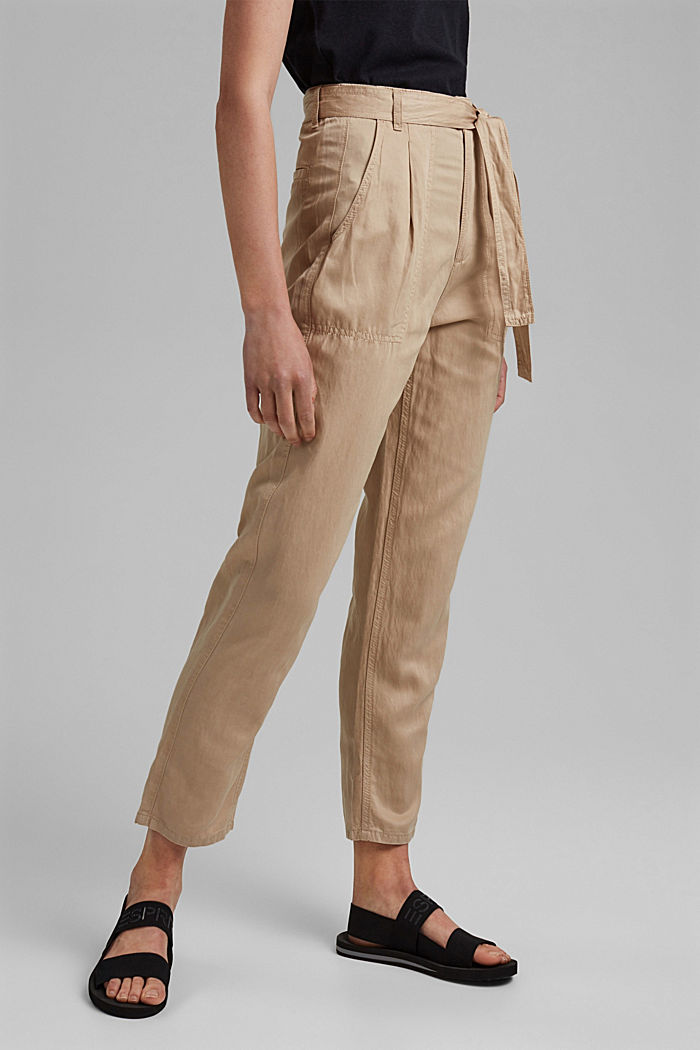 Mit TENCEL™: Chino im Utility-Look