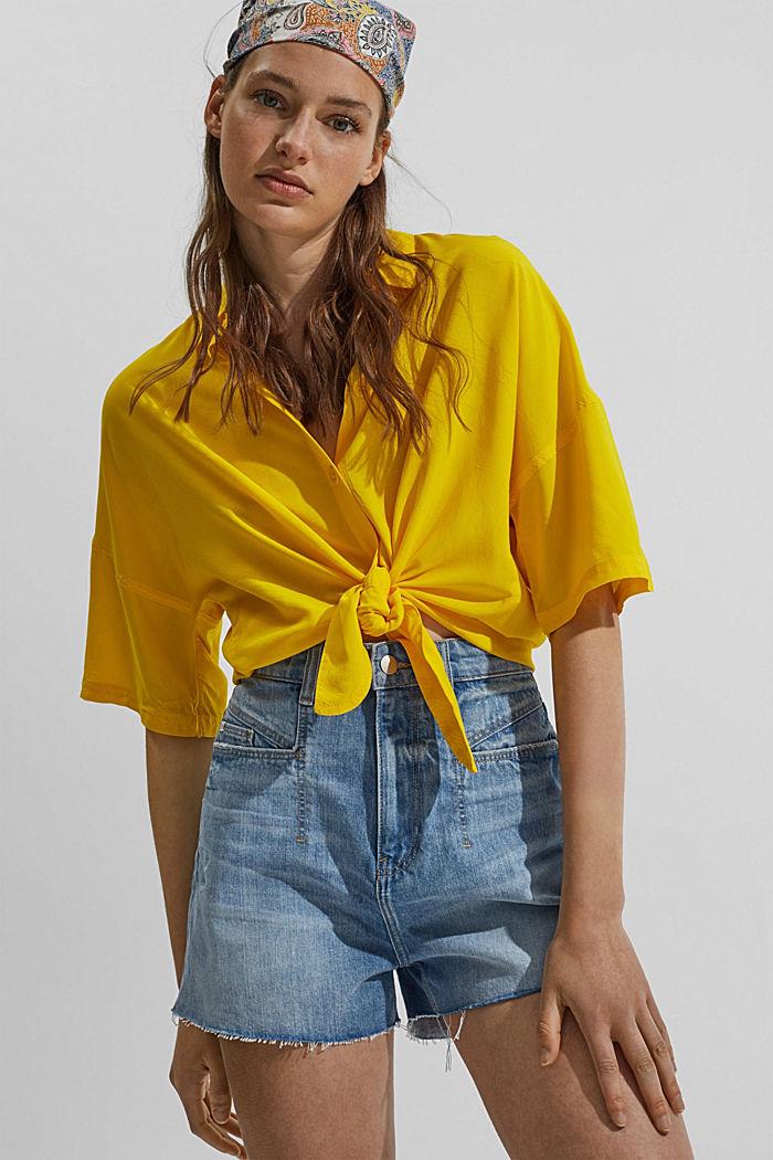 High-waisted denim shorts, organic cotton