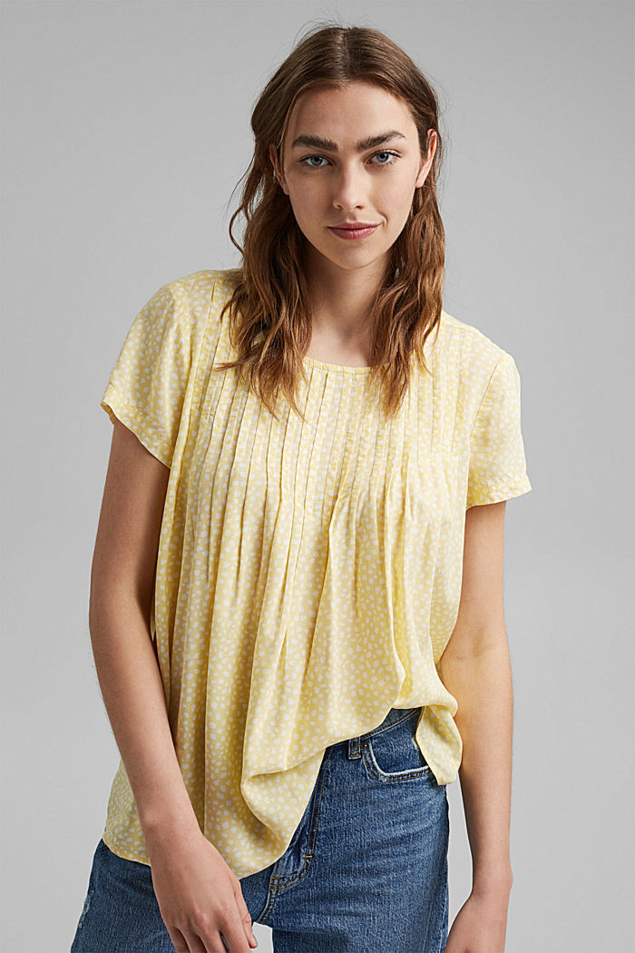 Blouse with pintucks made of LENZING™ ECOVERO™, LIGHT YELLOW, detail image number 0