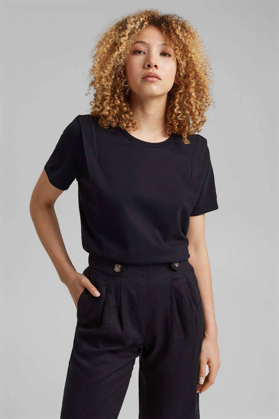 edc - T-shirt with pleat details, organic cotton