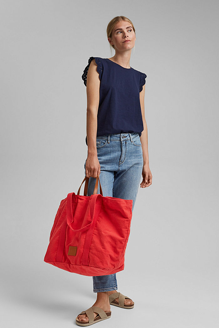 Reversible shopper made of canvas with pouch
