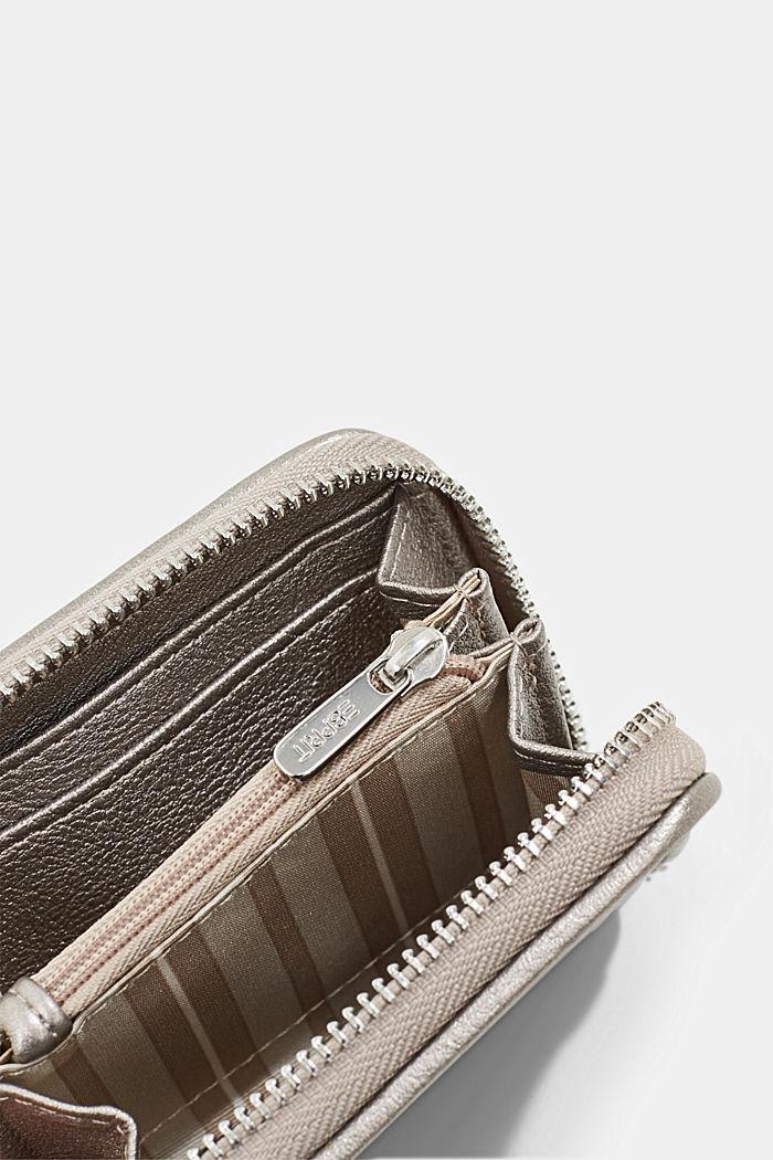 Veganistisch: portemonnee met gevlochten look