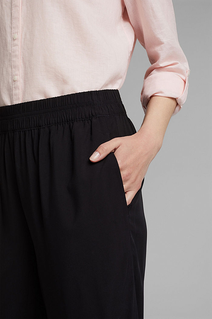 Flowing trousers with an elasticated waistband, BLACK, detail image number 2