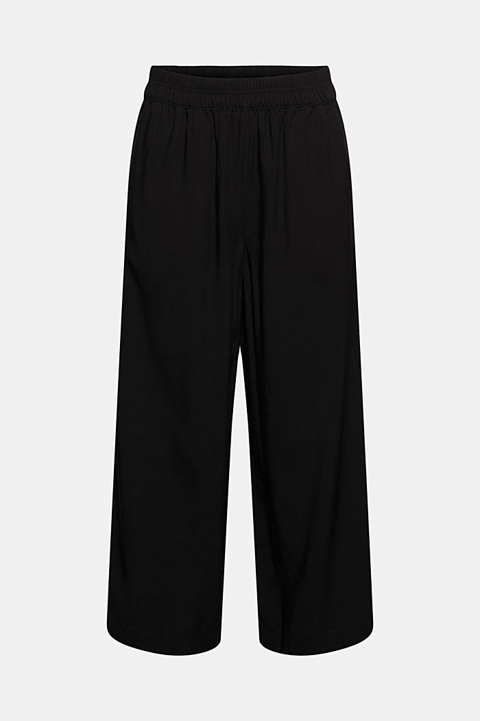 Flowy culottes with a stretchy waistband