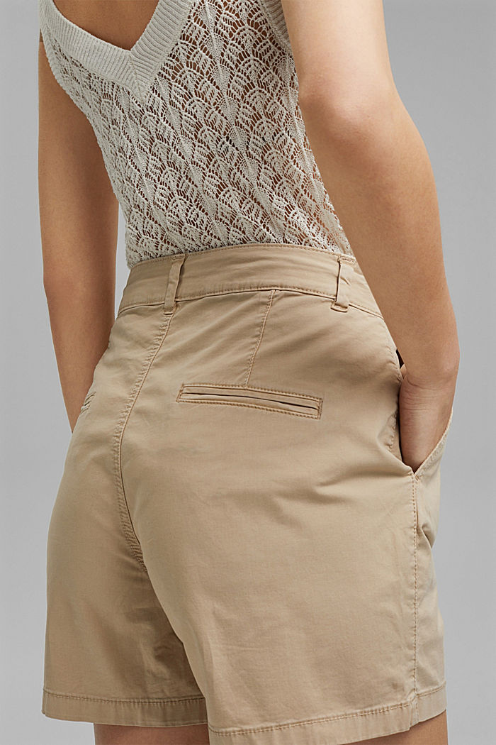 Stretch cotton shorts with waist pleats, SAND, detail image number 5