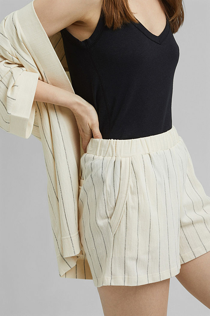 Striped woven shorts made with organic cotton, OFF WHITE, detail image number 2