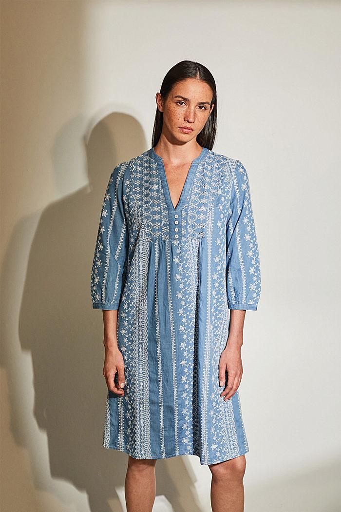 Besticktes Kleid im Denim-Look. 100% Baumwolle
