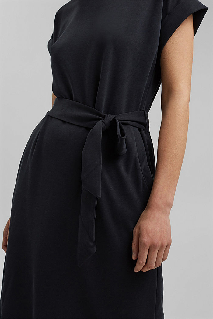 Fließendes Jerseykleid mit Bindegürtel, BLACK, detail image number 3