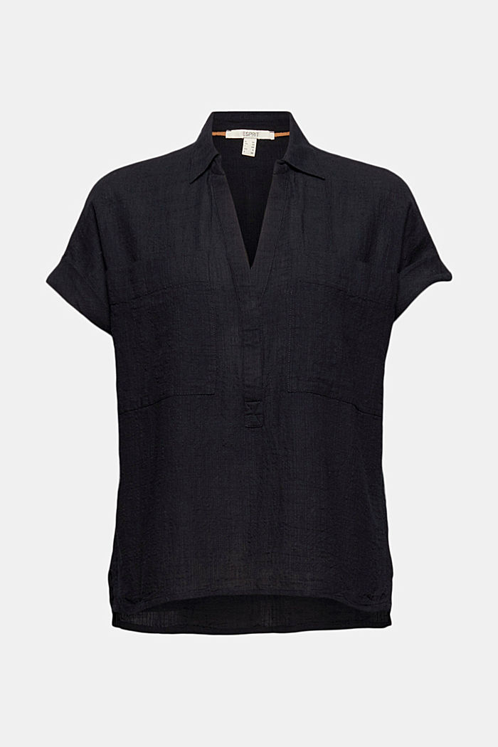 Textured blouse containing organic cotton