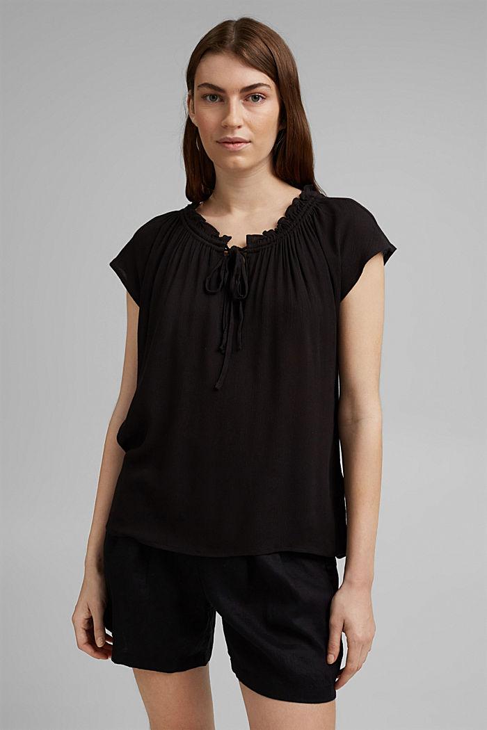 Zarte Crinkle-Bluse aus LENZING™ ECOVERO™, BLACK, detail image number 0