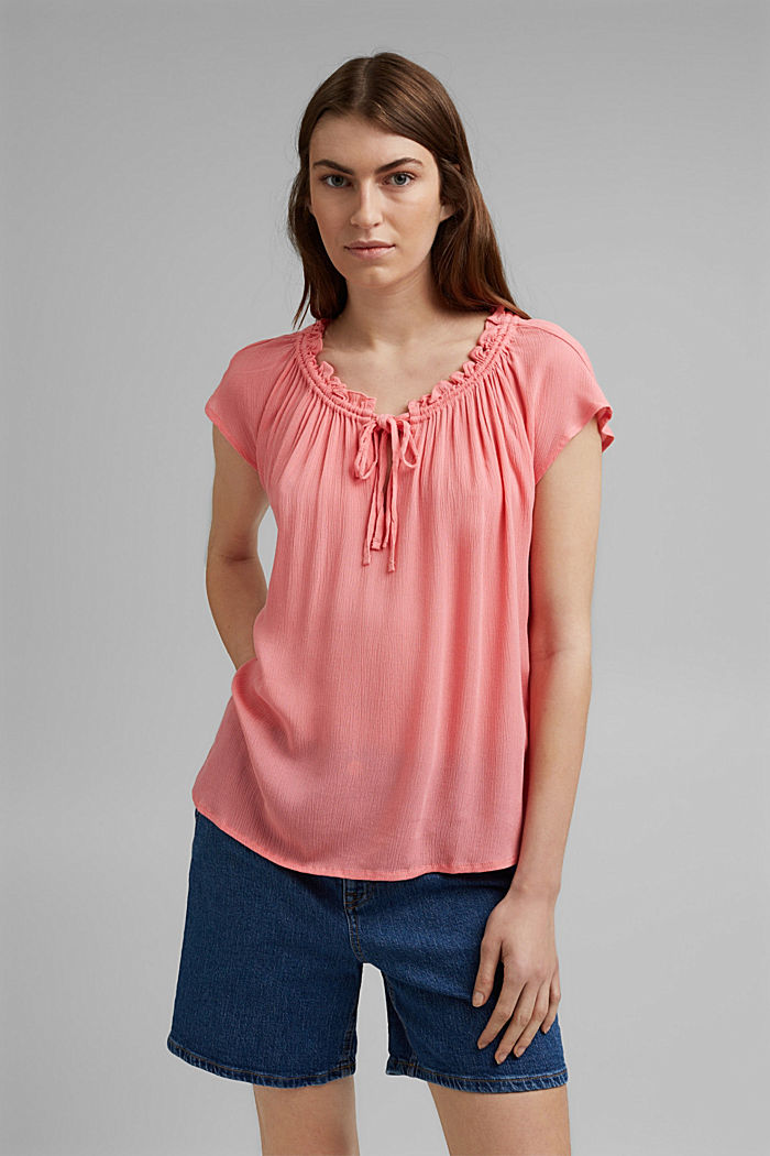 Zarte Crinkle-Bluse aus LENZING™ ECOVERO™, CORAL, detail image number 0