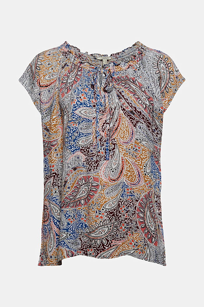 Flowing blouse top with a paisley print