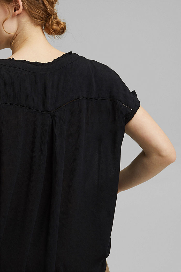 CURVY crinkle blouse made of LENZING™ ECOVERO™, BLACK, detail image number 2