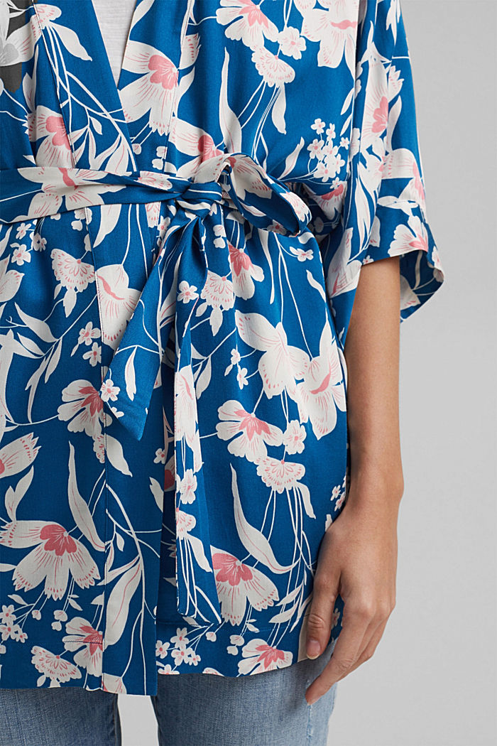 Krátké kimono z materiálu LENZING™ ECOVERO™, BRIGHT BLUE, detail image number 2