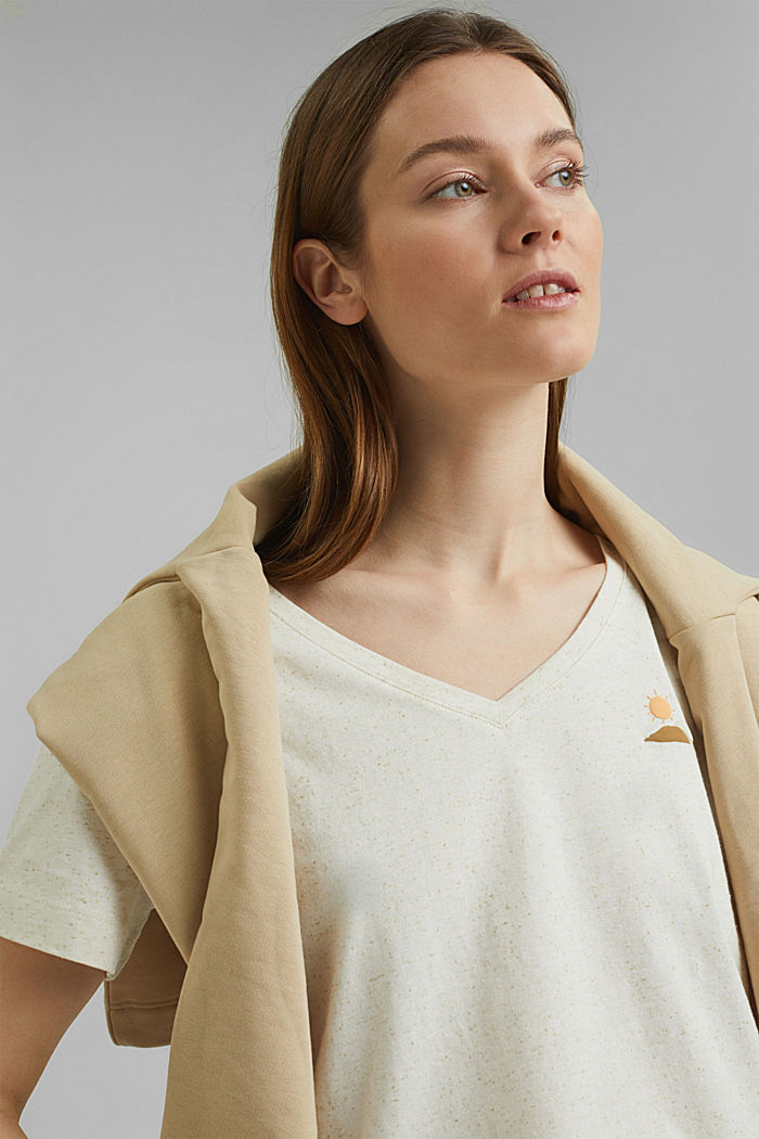 Organic cotton T-shirt with a dimpled texture, SAND, detail image number 5