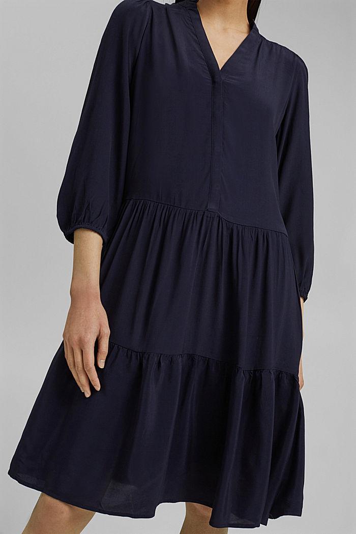 Gestuftes Kleid mit LENZING™ ECOVERO™, NAVY, detail image number 3