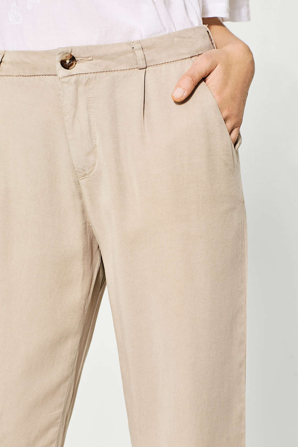 edc - Floaty summer chinos