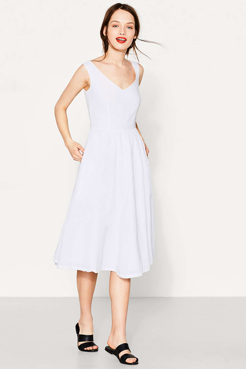 edc - Dress in blended linen/cotton