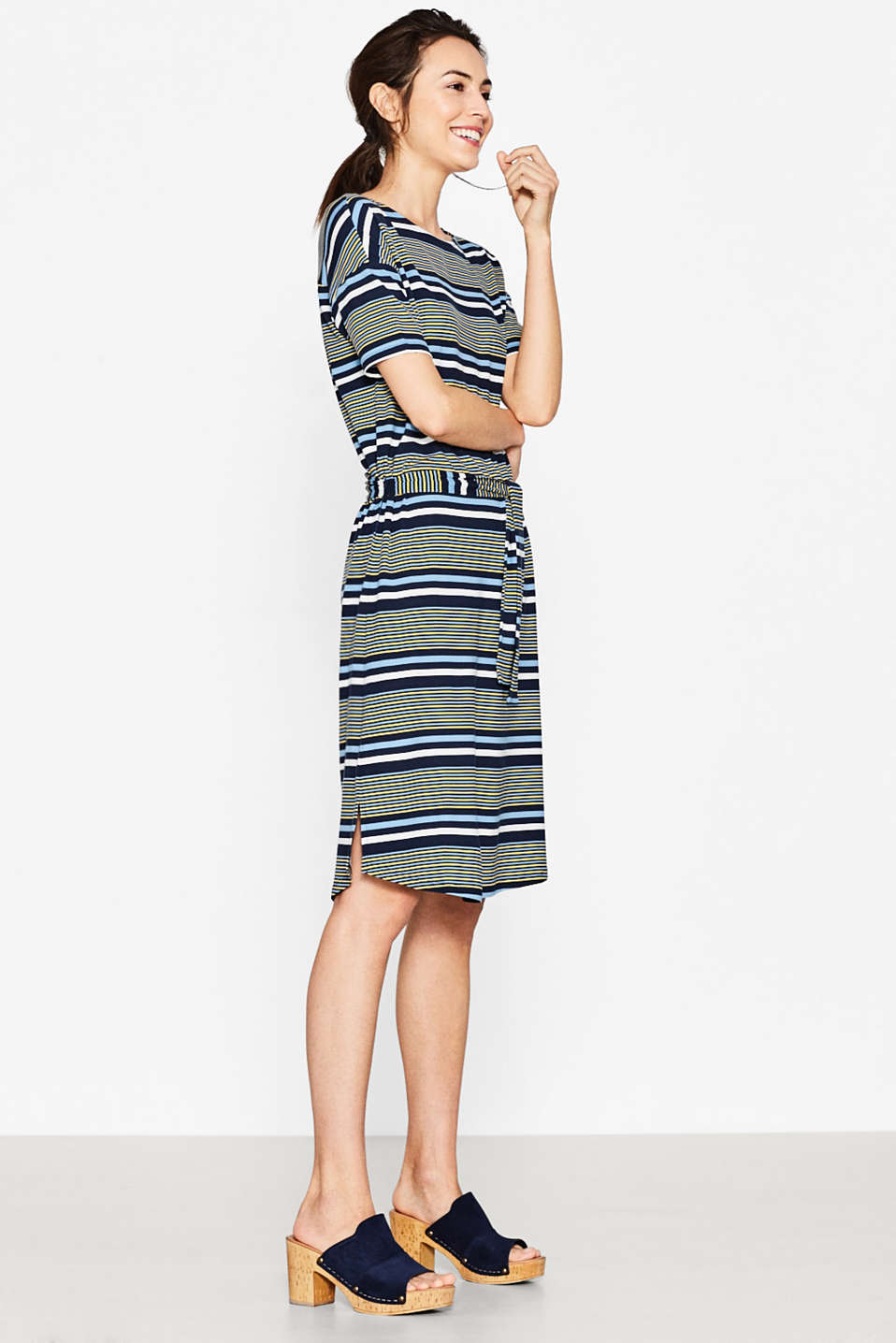 Esprit - Floaty stretch jersey midi dress