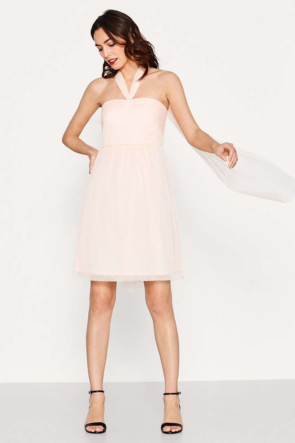 Esprit - Delicate tulle dress in a versatile look