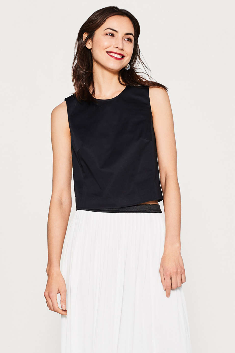 Woven top in cotton satin with stretch