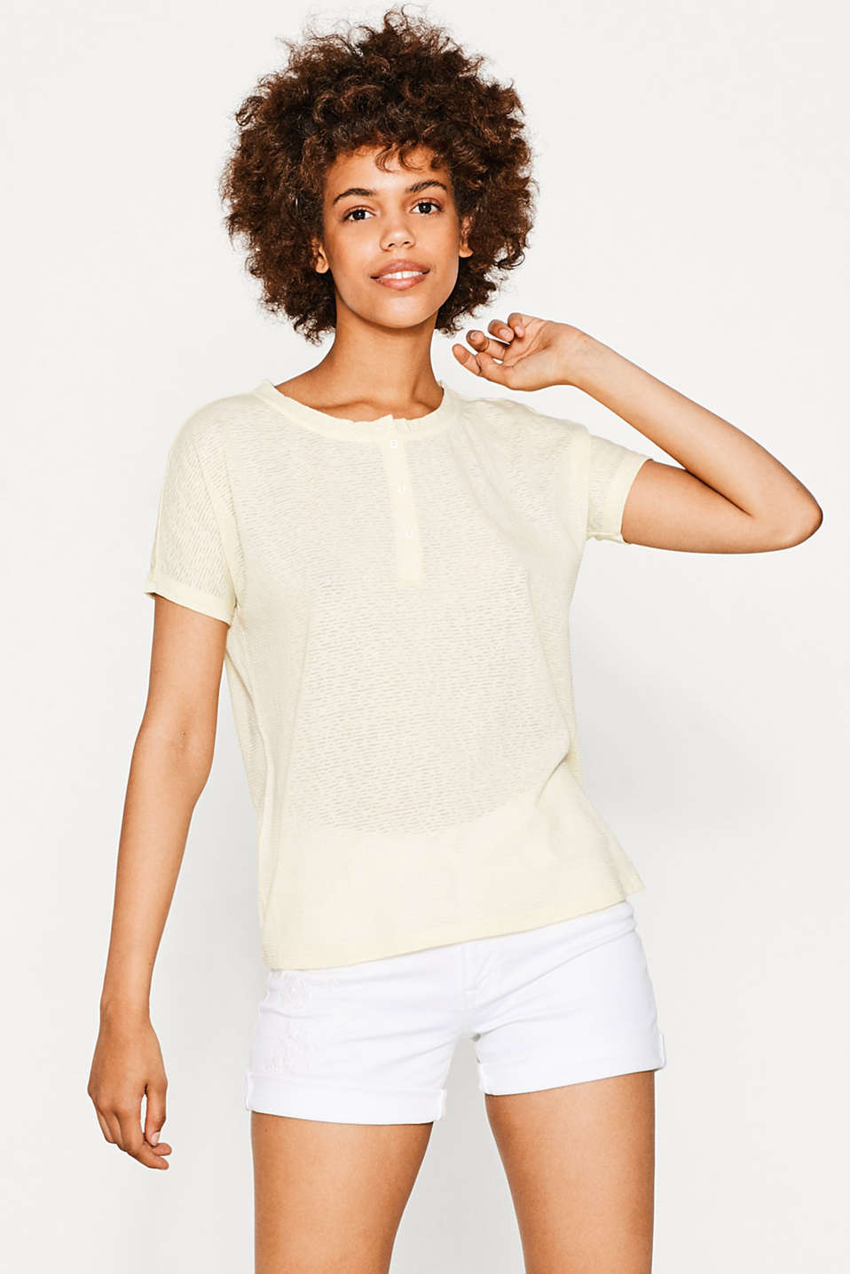 Floaty boxy top with button placket
