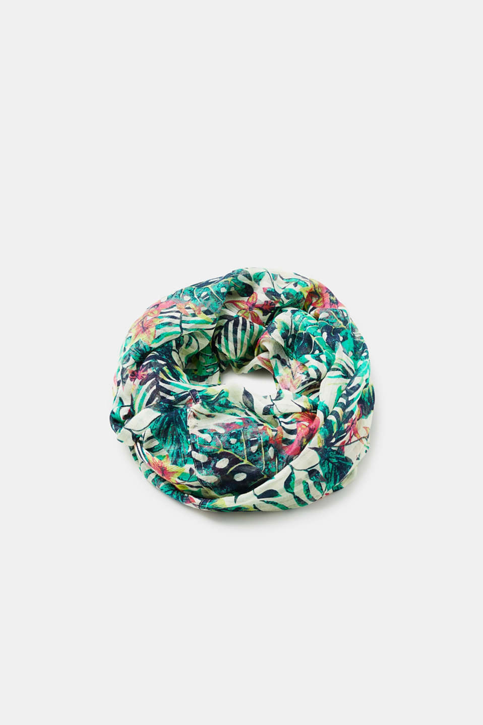 edc - Airily woven snood with a tropical pattern