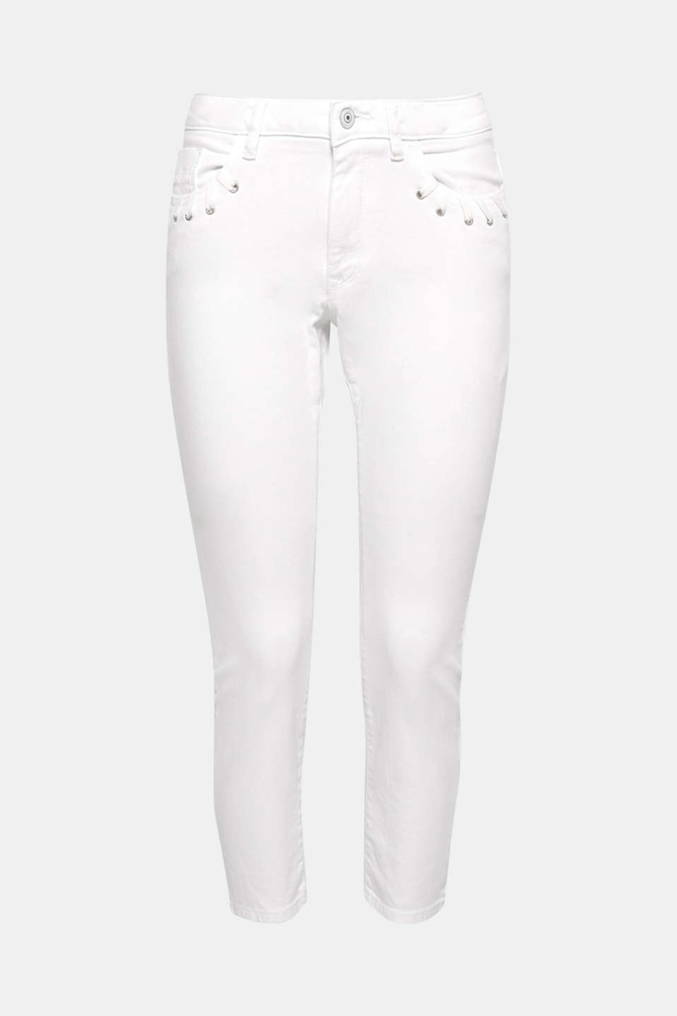 A must-have for your summer wardrobe: ankle-length cotton jeans in pure white with added stretch for comfort.