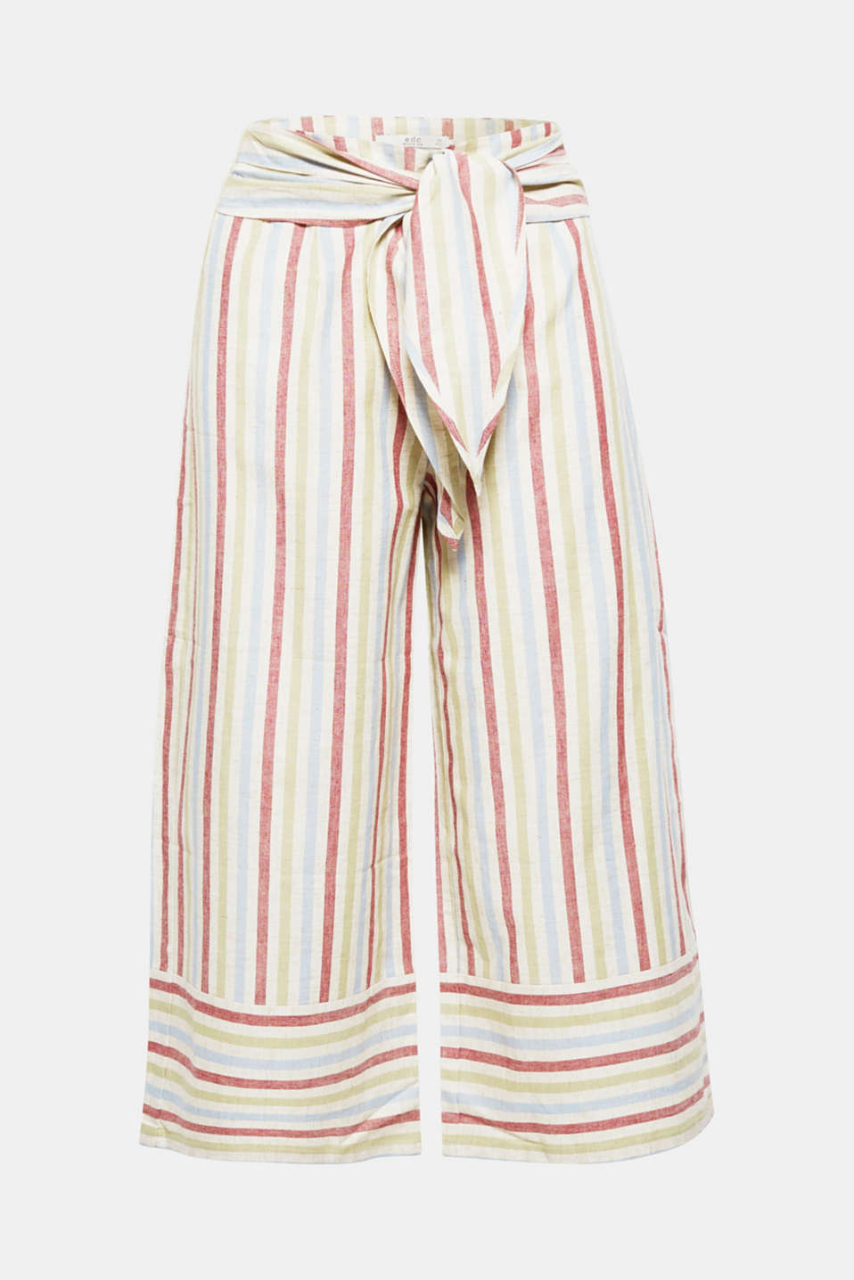 The wide, figure-skimming trouser leg and cooling percentage of linen make these striped culottes the perfect piece for warmer weather
