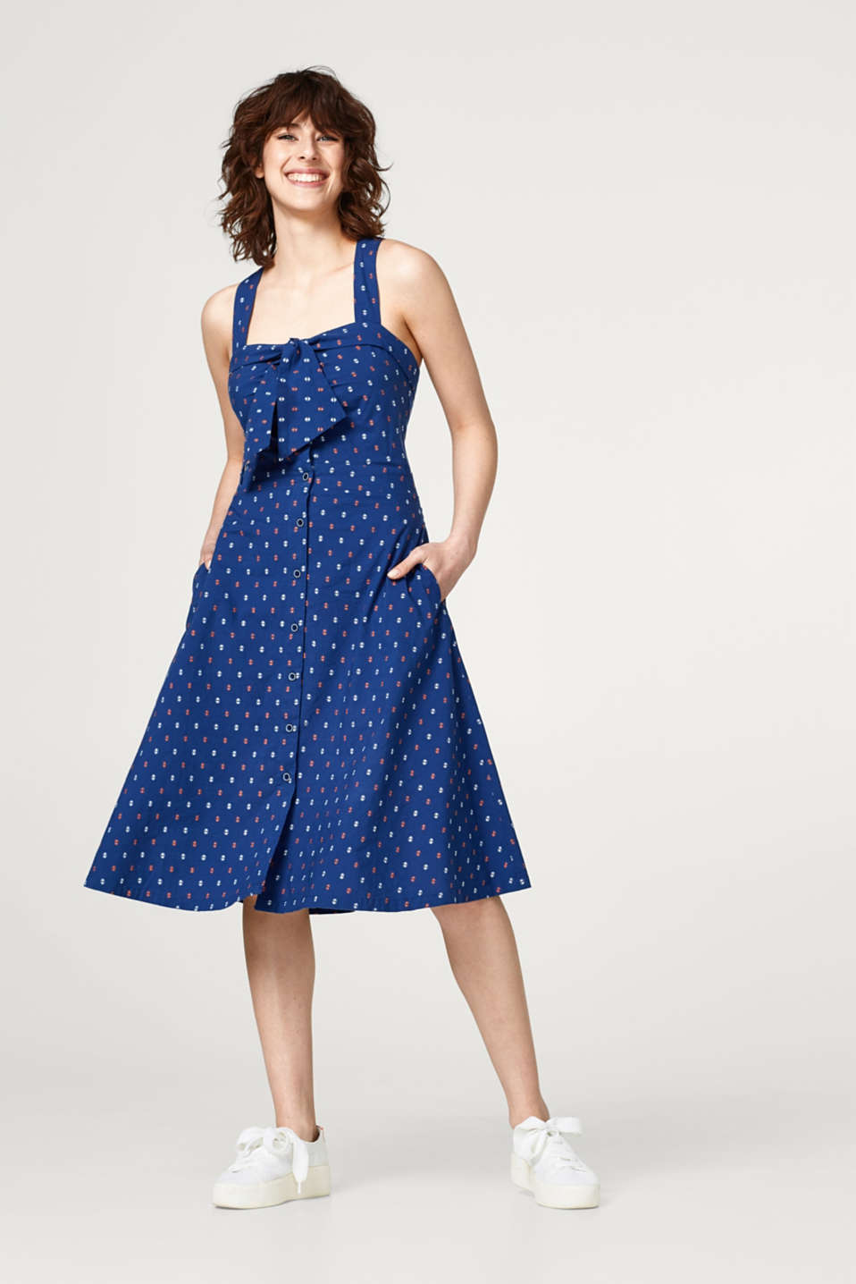 Flared dress with a woven pattern, cotton