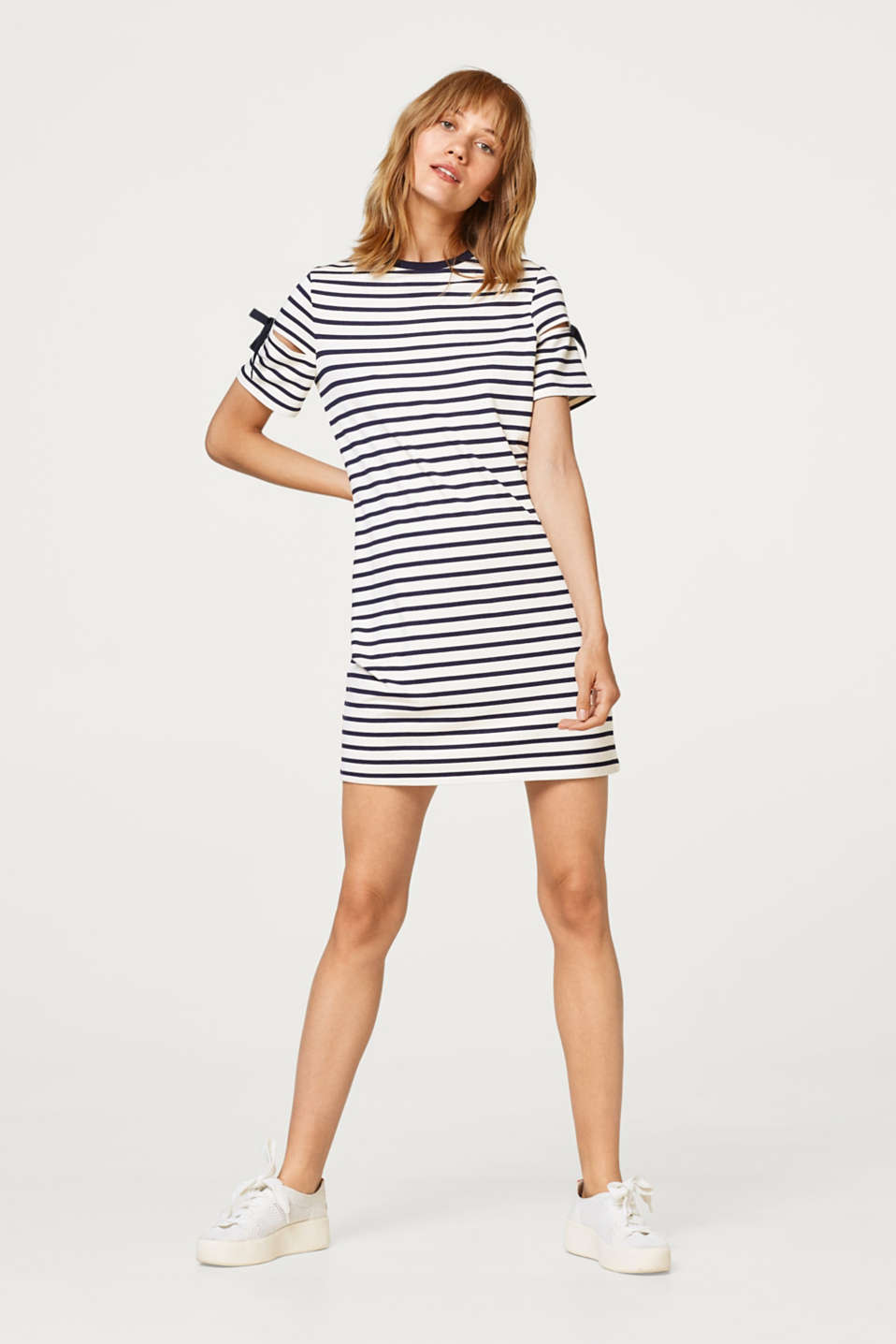 Soft sweatshirt dress with stripes and cut-out sleeves