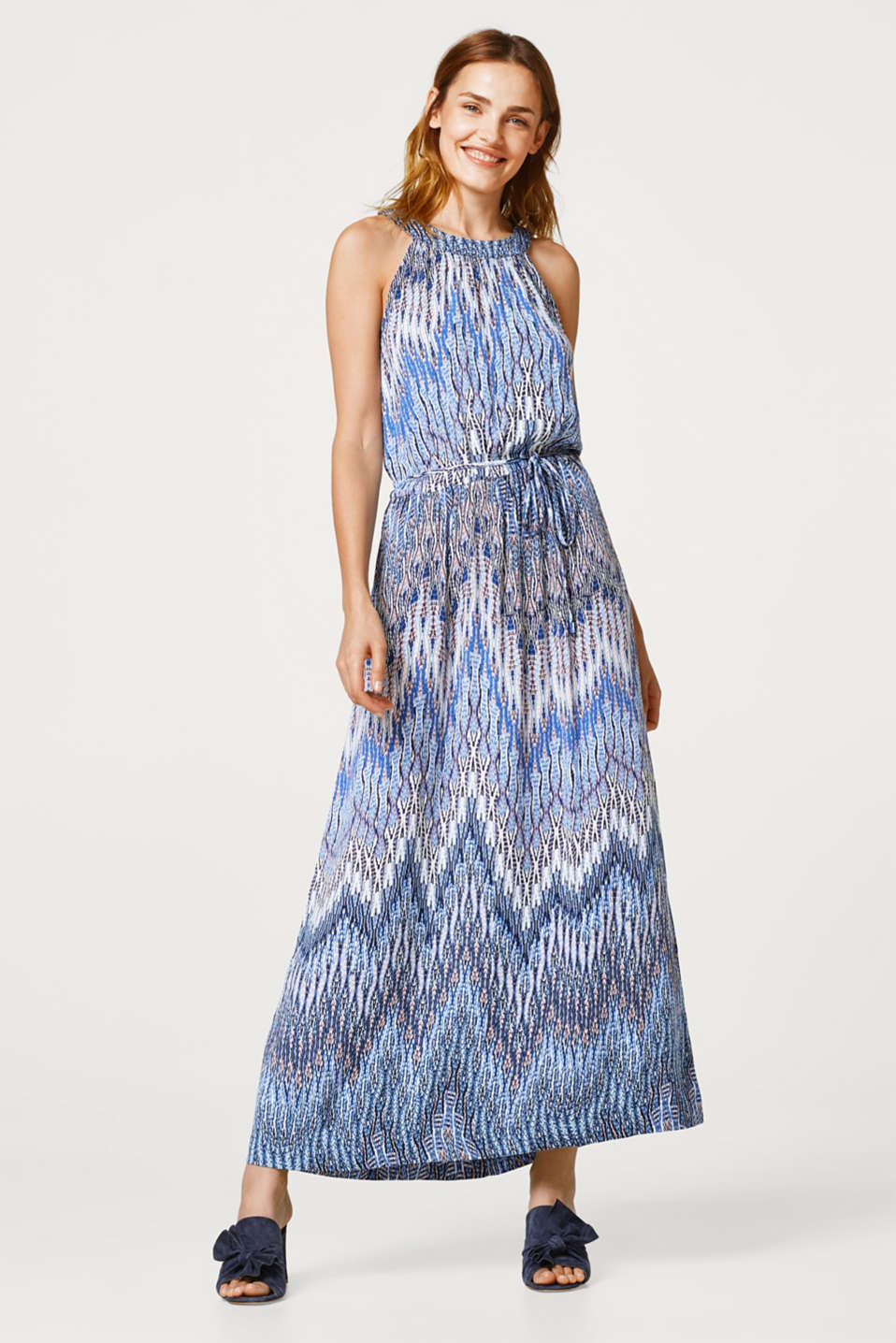 Flowing maxi dress with a beautiful tribal print