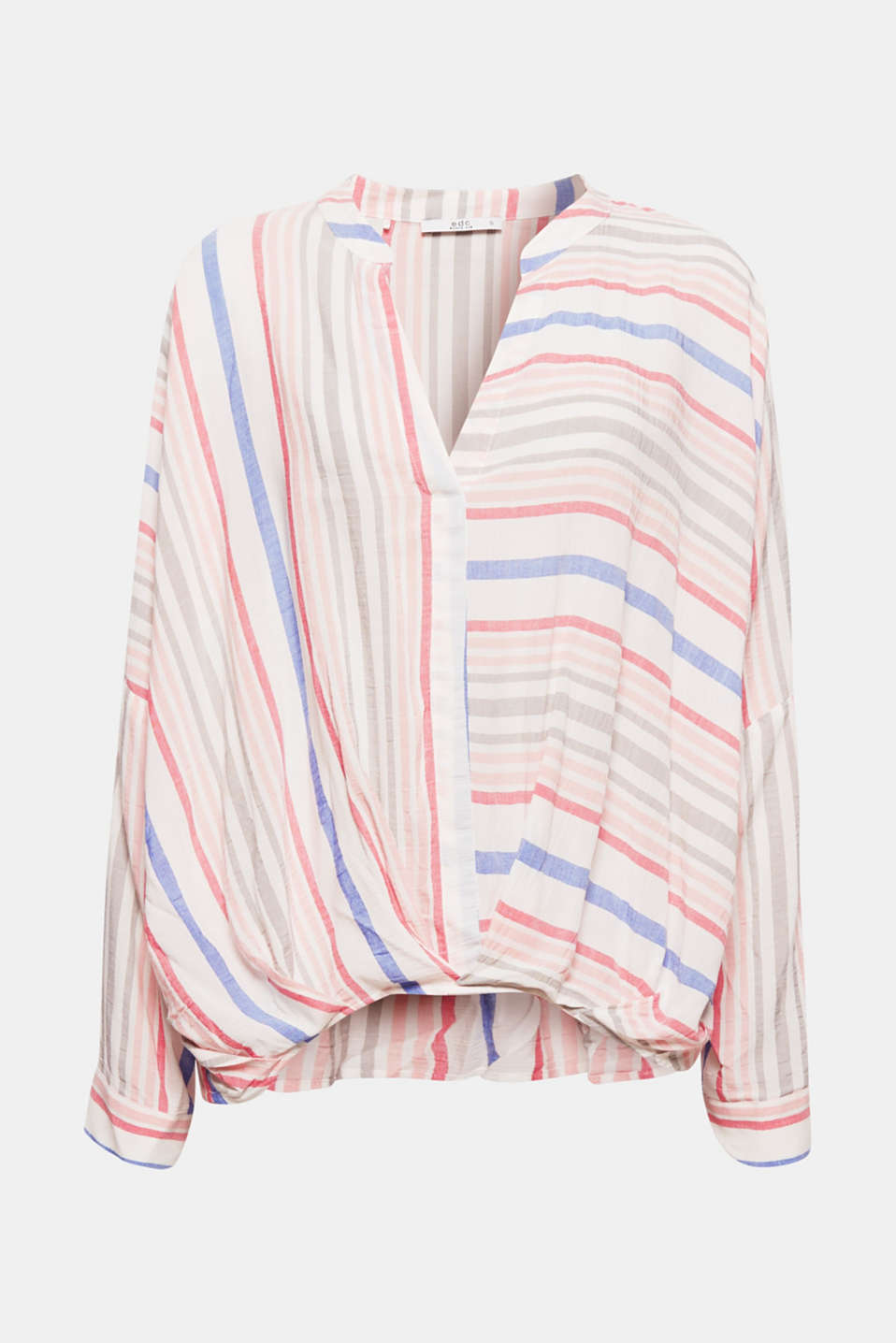 Airy, lightweight fabric, fresh stripes and casual turn-ups make this blouse an ideal partner to relaxed summer looks.