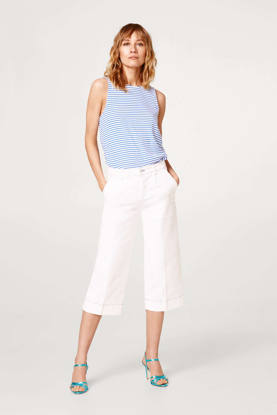 Striped top in ribbed jersey with an embellished back