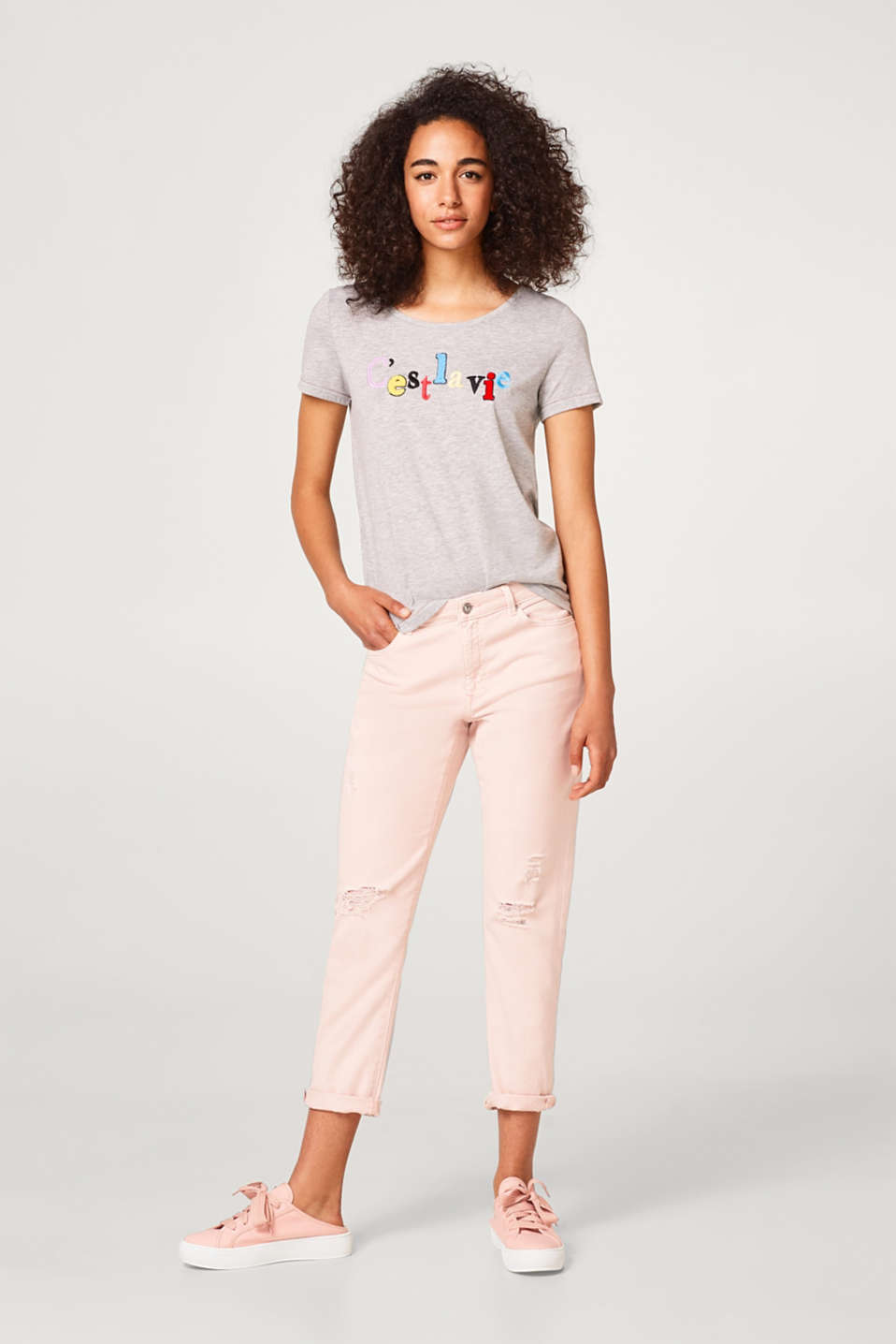 Loose T-shirt with colourful embroidered lettering