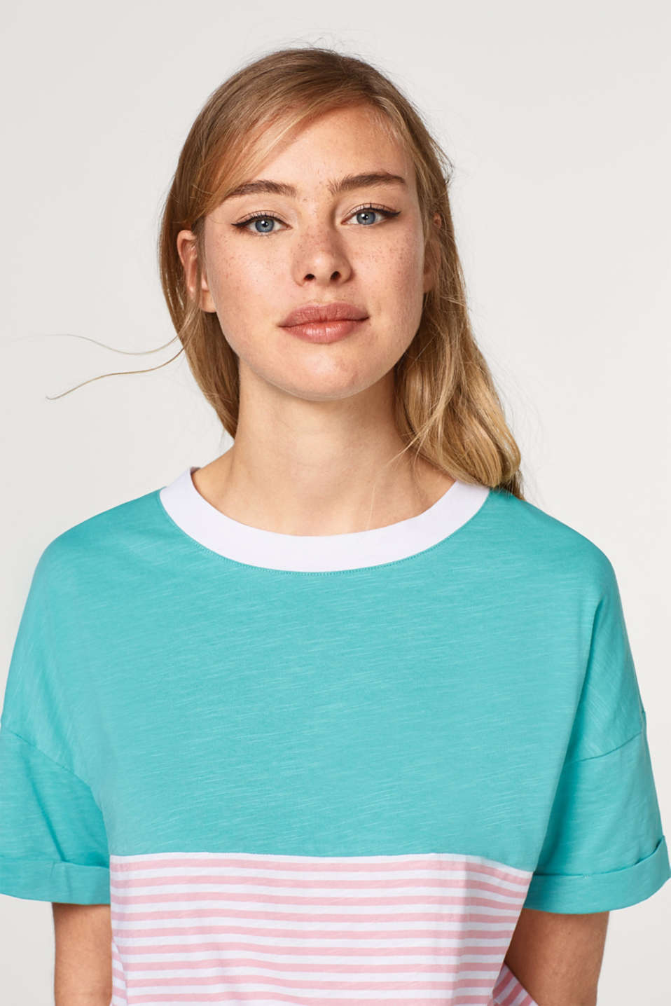 edc - Cotton T-shirt with colour blocking