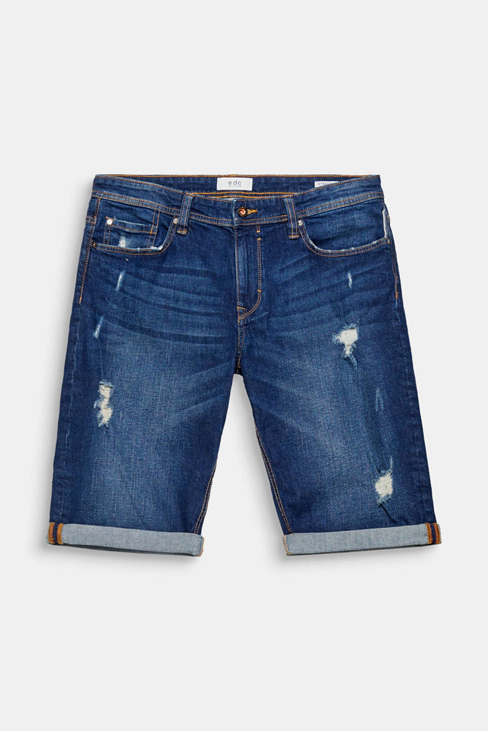 We love denim! These five-pocket shorts come in an authentic vintage wash with distinctive distressed effects.