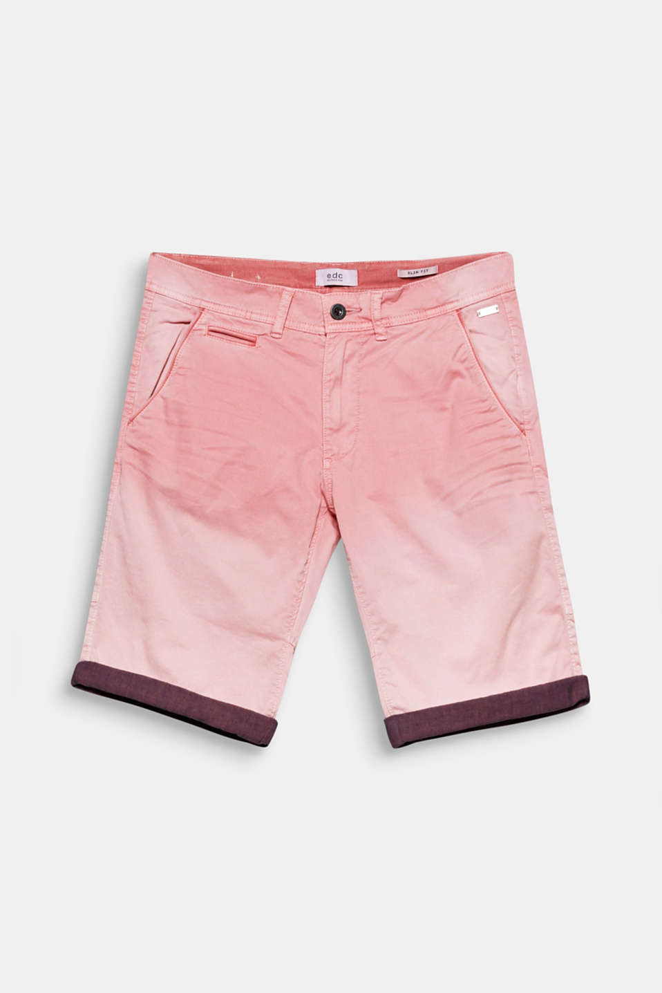 We love dip-dye! The trendy colour gradation makes these shorts a trendy summer style.