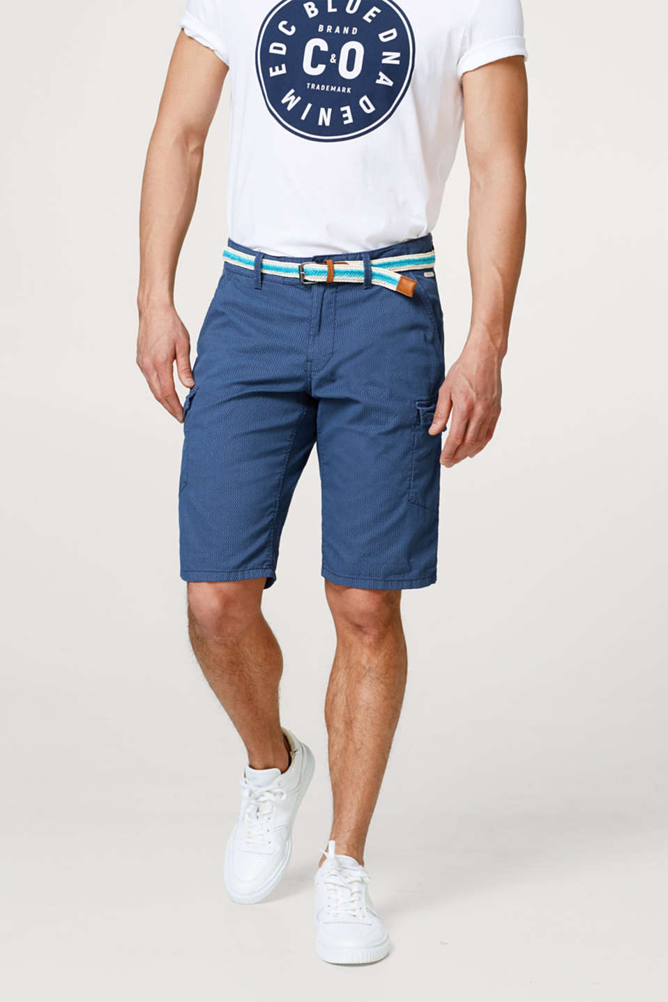 edc - Cargo shorts with a fine textured print and belt