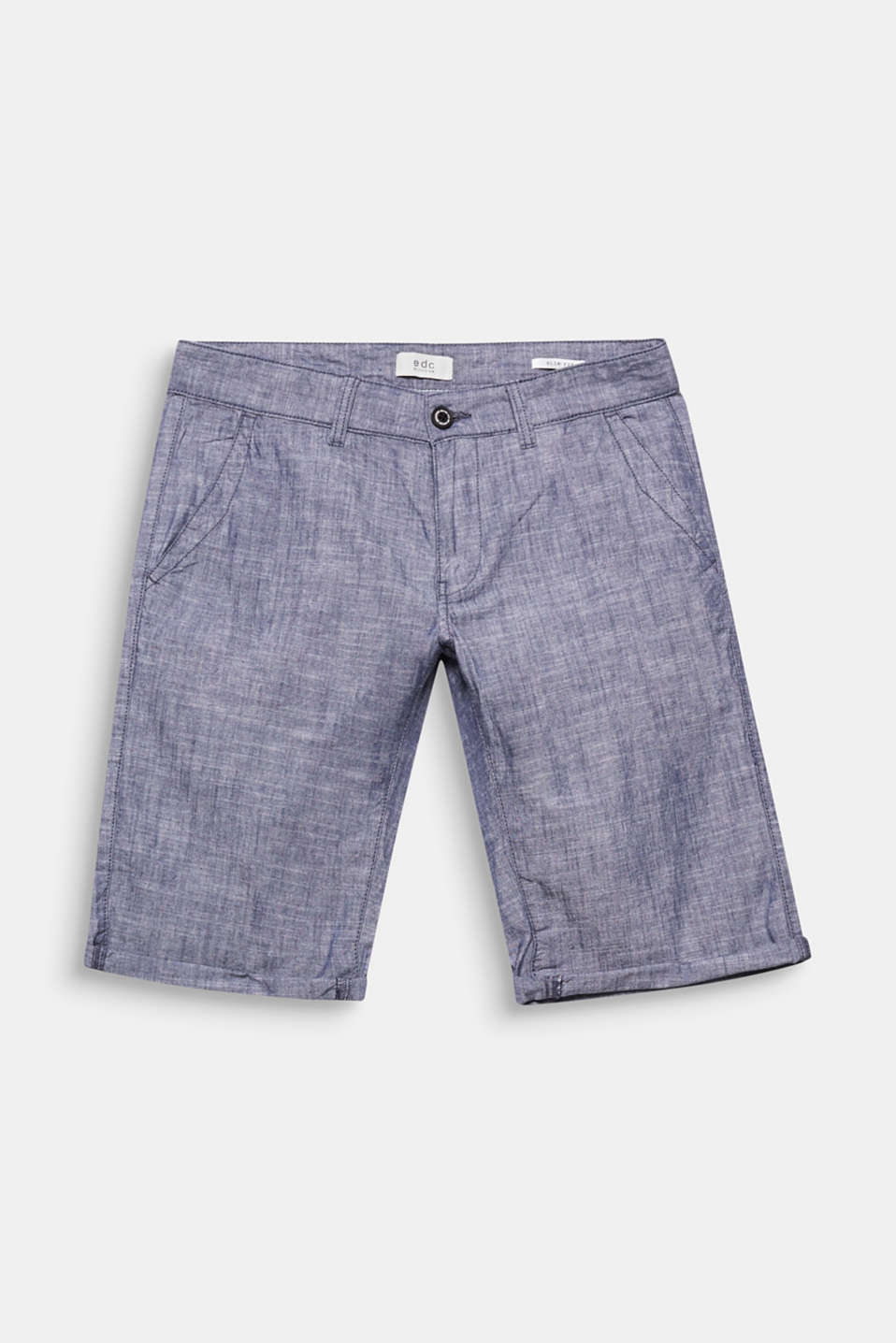 The lightweight chambray fabric and distinctive melange finish give these shorts their airy, summery look.
