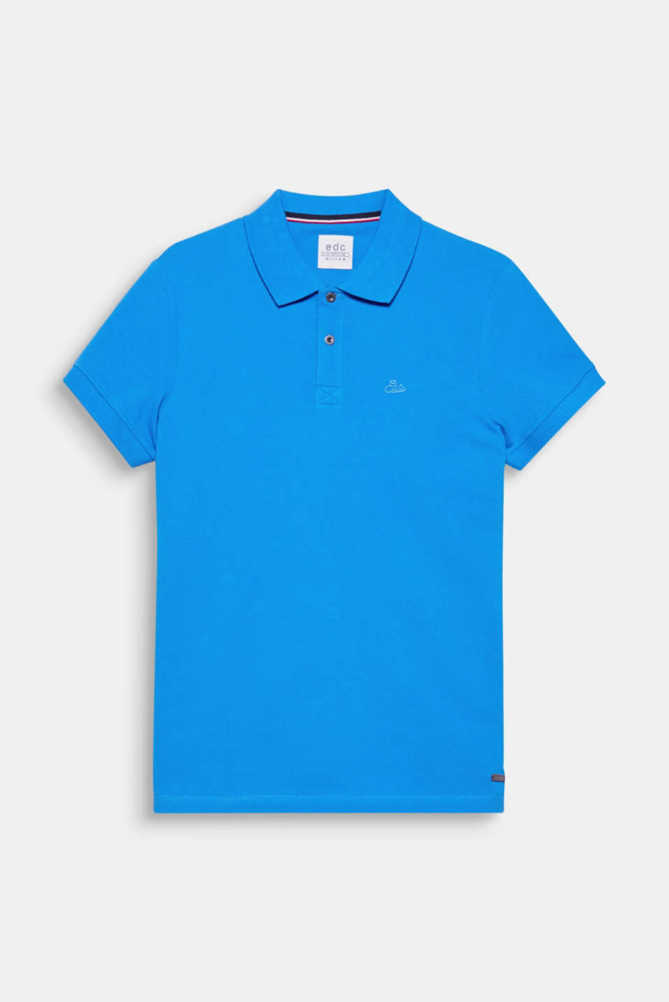 A fashion classic: the polo shirt! The tonal logo stitching on the left-hand side of the chest accentuates the look.
