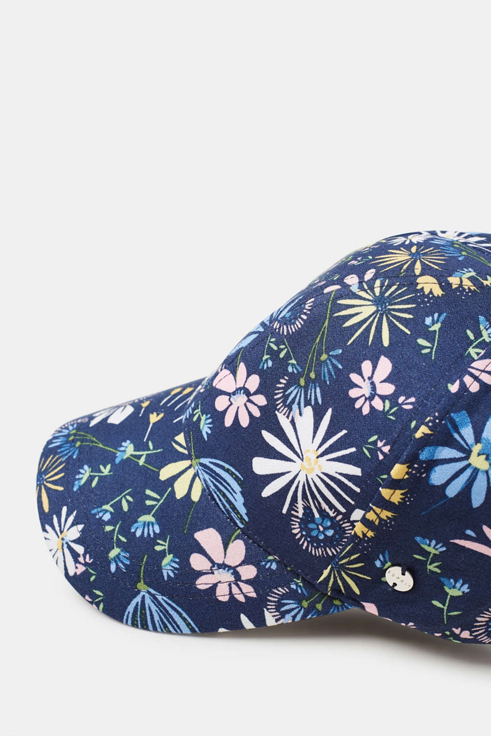 Light baseball cap with all-over floral print