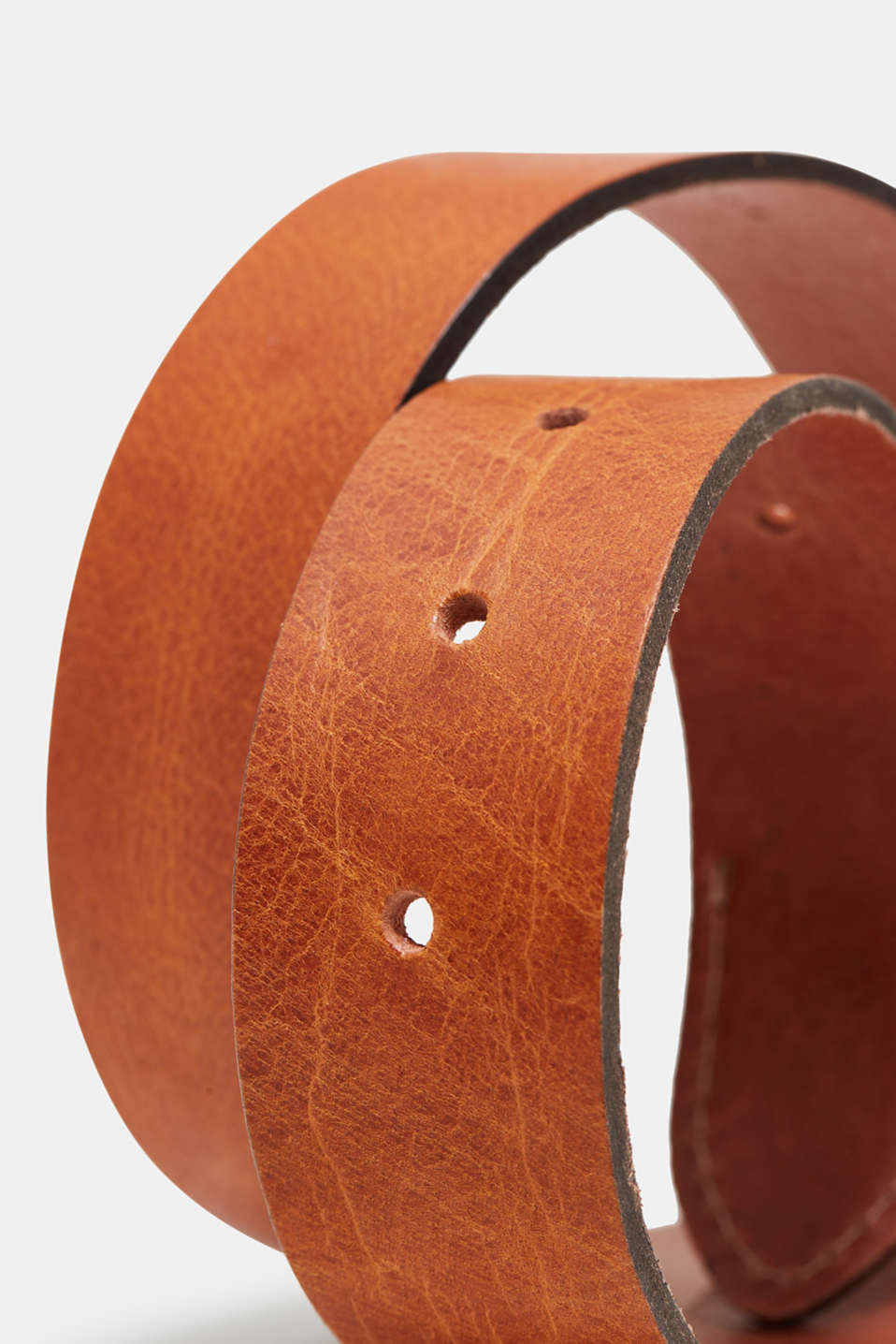 Belt in robust buffalo leather