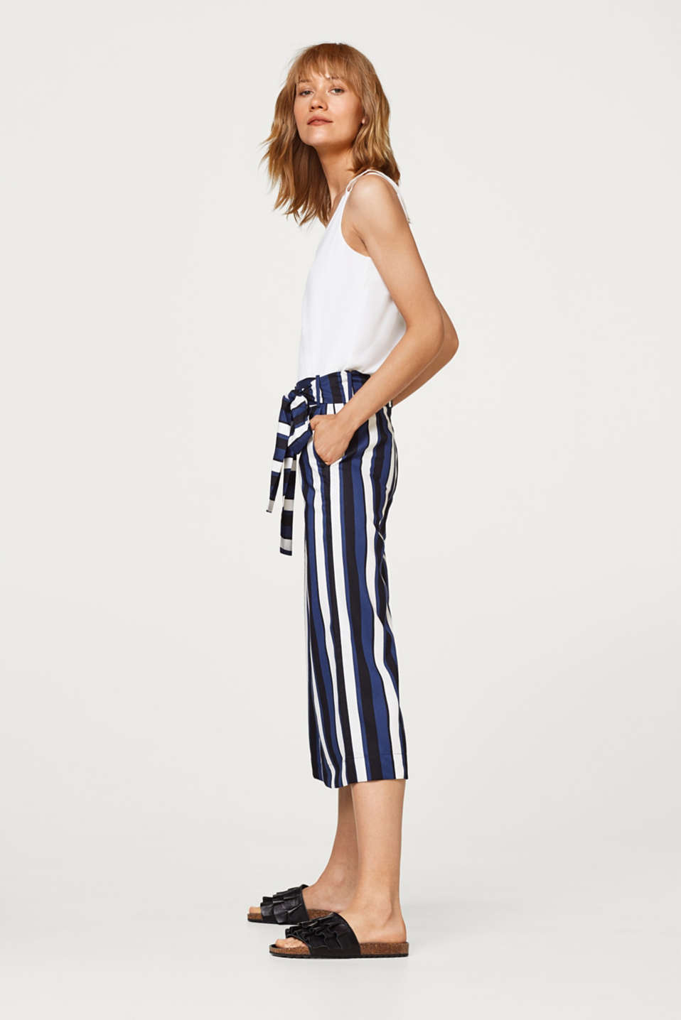 Esprit - Culottes with matte-shiny effects