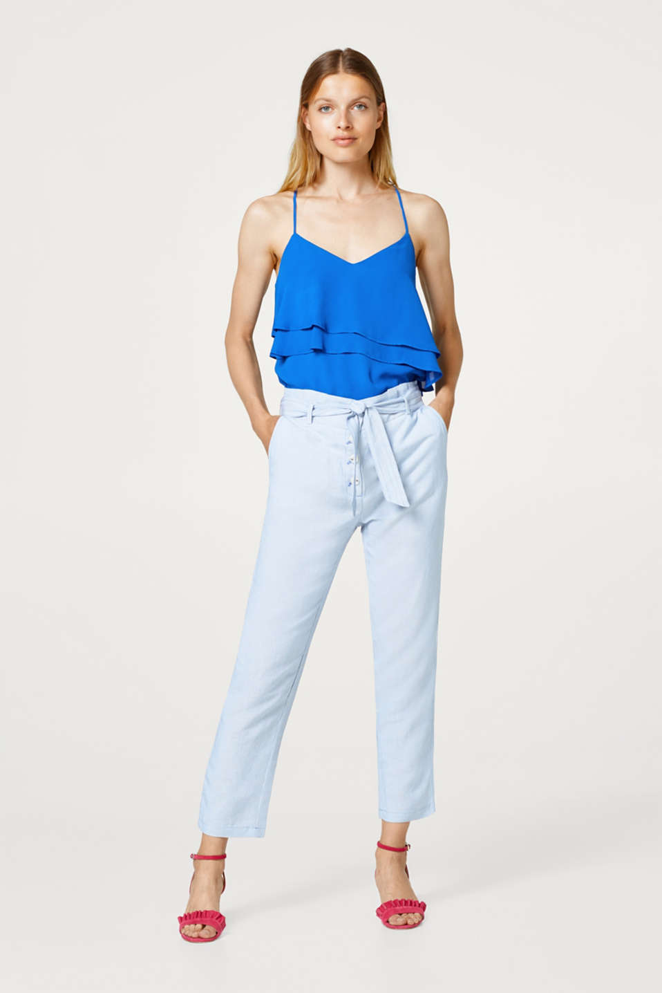 Esprit - Made of blended linen: Striped trousers with a paperbag waistband
