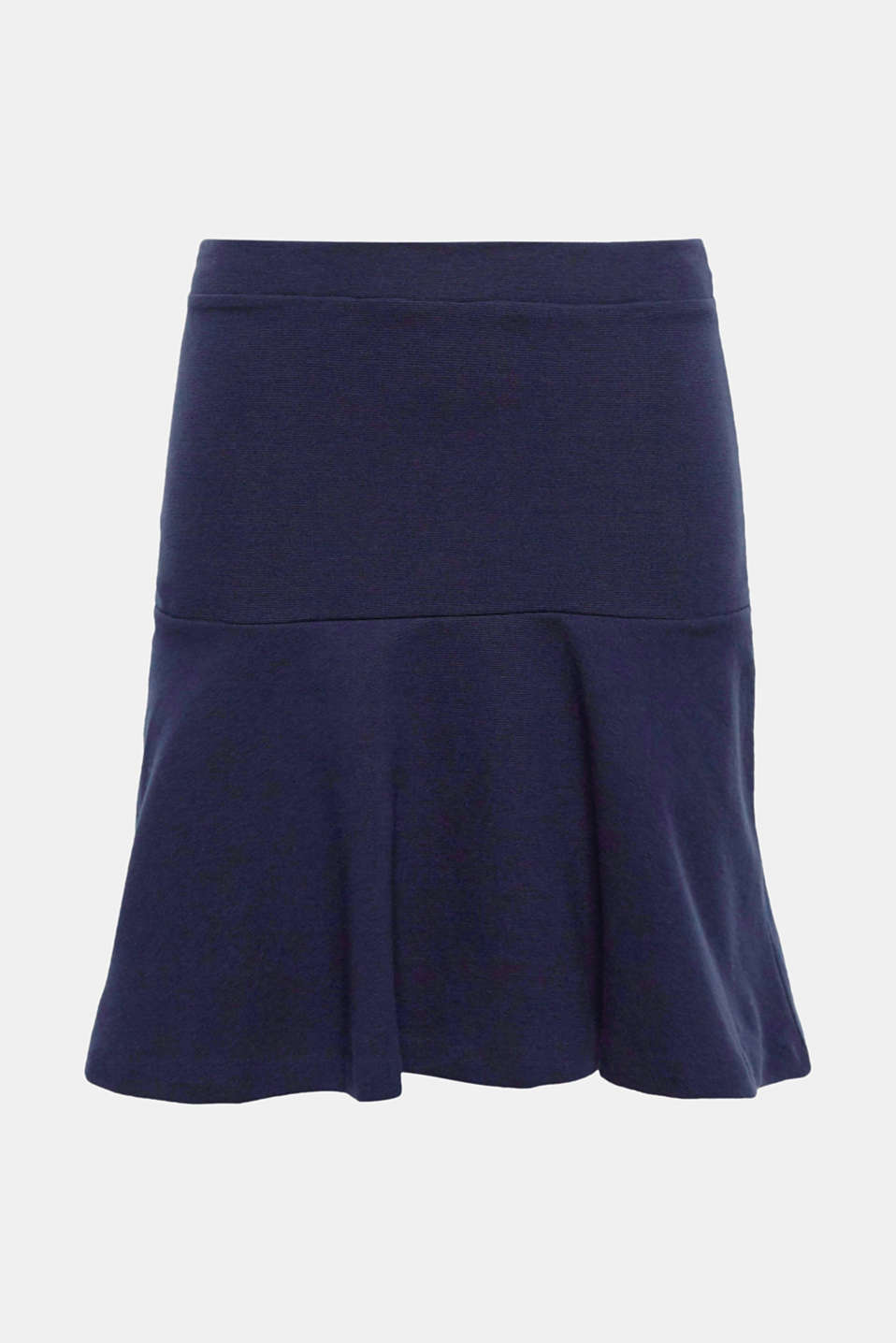 Twirl into spring: you can do it with this comfortable jersey skirt with a striking A-line!