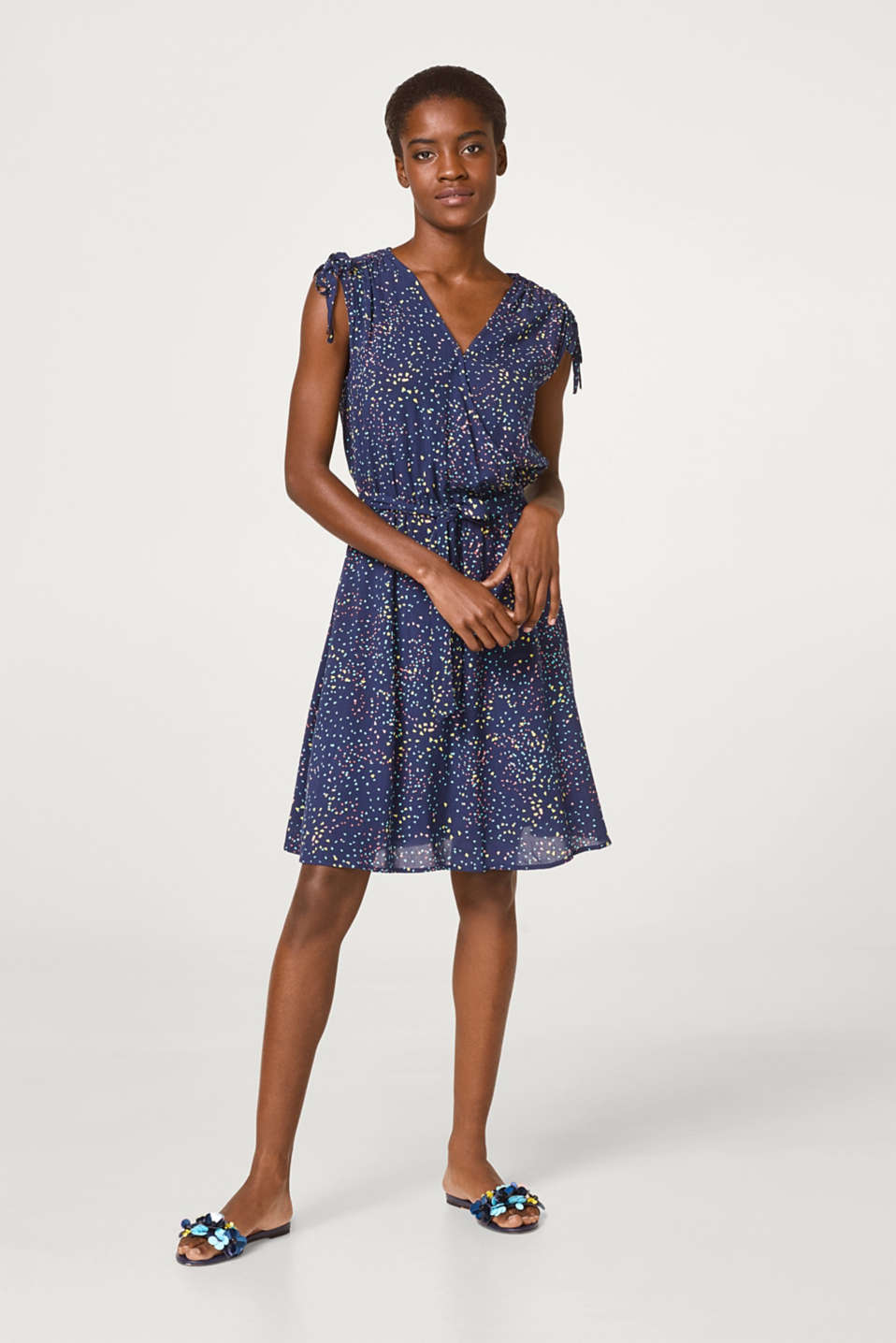 Flowing wrap dress with decorative print