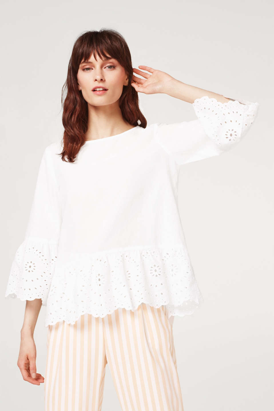 Esprit - Blouse with elegant broderie anglaise, 100% cotton